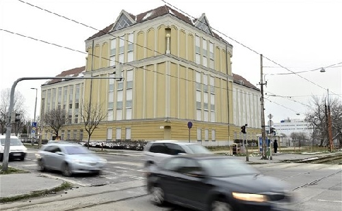 Átadták a Pest megyei levéltár új épületszárnyát