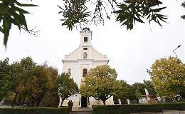 Megújult a budaörsi Nepomuki Szent János Plébániatemplom