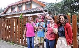 Új otthonukba költöztek az első lakók a Magyar Máltai Szeretetszolgálat gödi Gondviselés Házából